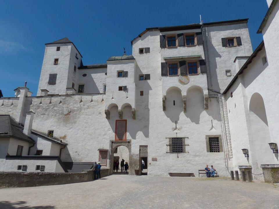 hohensalzburg-fortress-122880_960_720