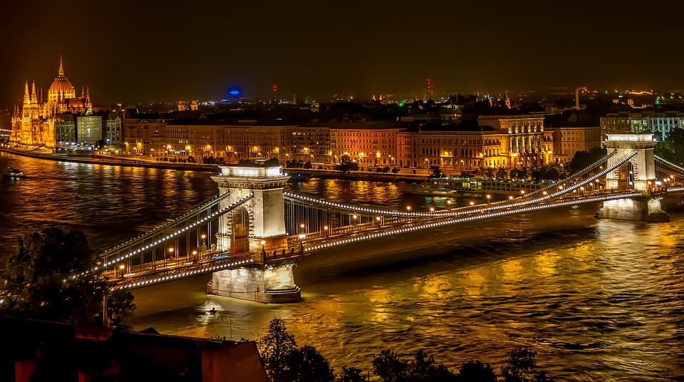 szechenyi-chain-bridge-1758196_960_720
