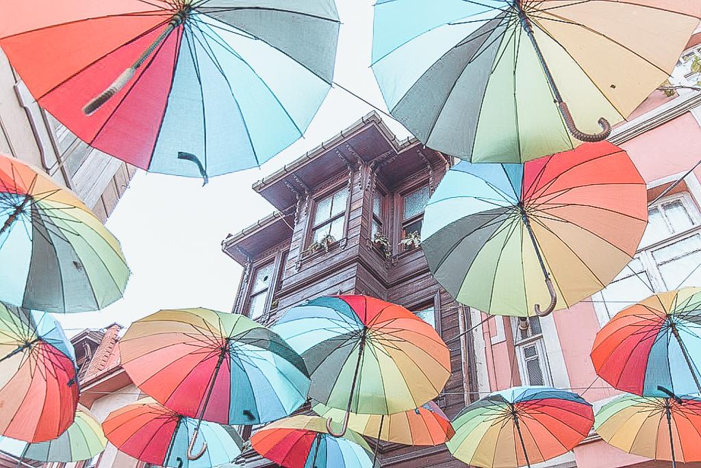 umbrellas-3389166_960_720