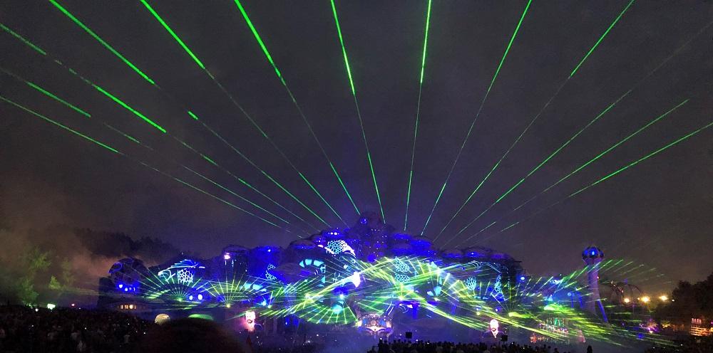 Tomorrowland closing with Martin Garrix